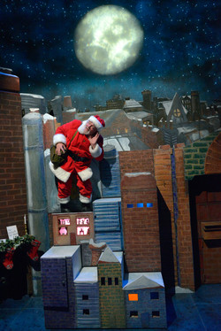 Raymond Briggs' Father Christmas visit kids as he delivers presents