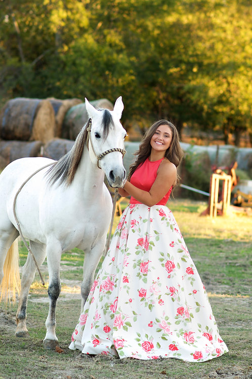 AUTOGRAPHED Summer Franklin 8x10 Photo (Standing w/Horse)