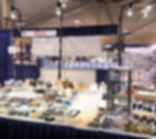 Trade show light rentals by Show Off Lighting. Jewelry display case lights for Arizona case.