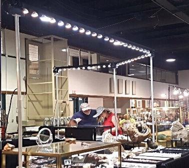 Arizona case lights. Trade show light rentals. Arizona case rentals are perfect for Show Off Lighting.