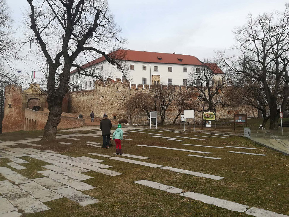 open_air_desig_siklos_castle_taj_epitesz