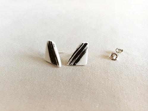 Small irregular earrings