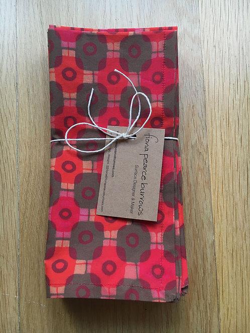 Serviettes, Set of 4 in Tartan Red