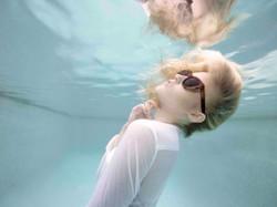 Underwater Fashion Photographer Aust
