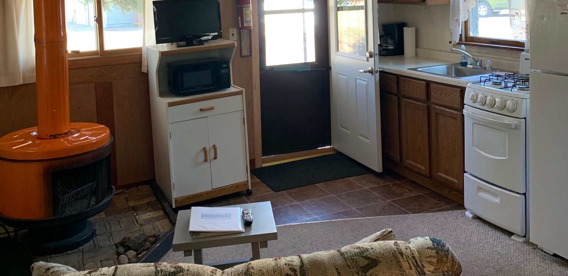 Living Room:Kitchen.jpg