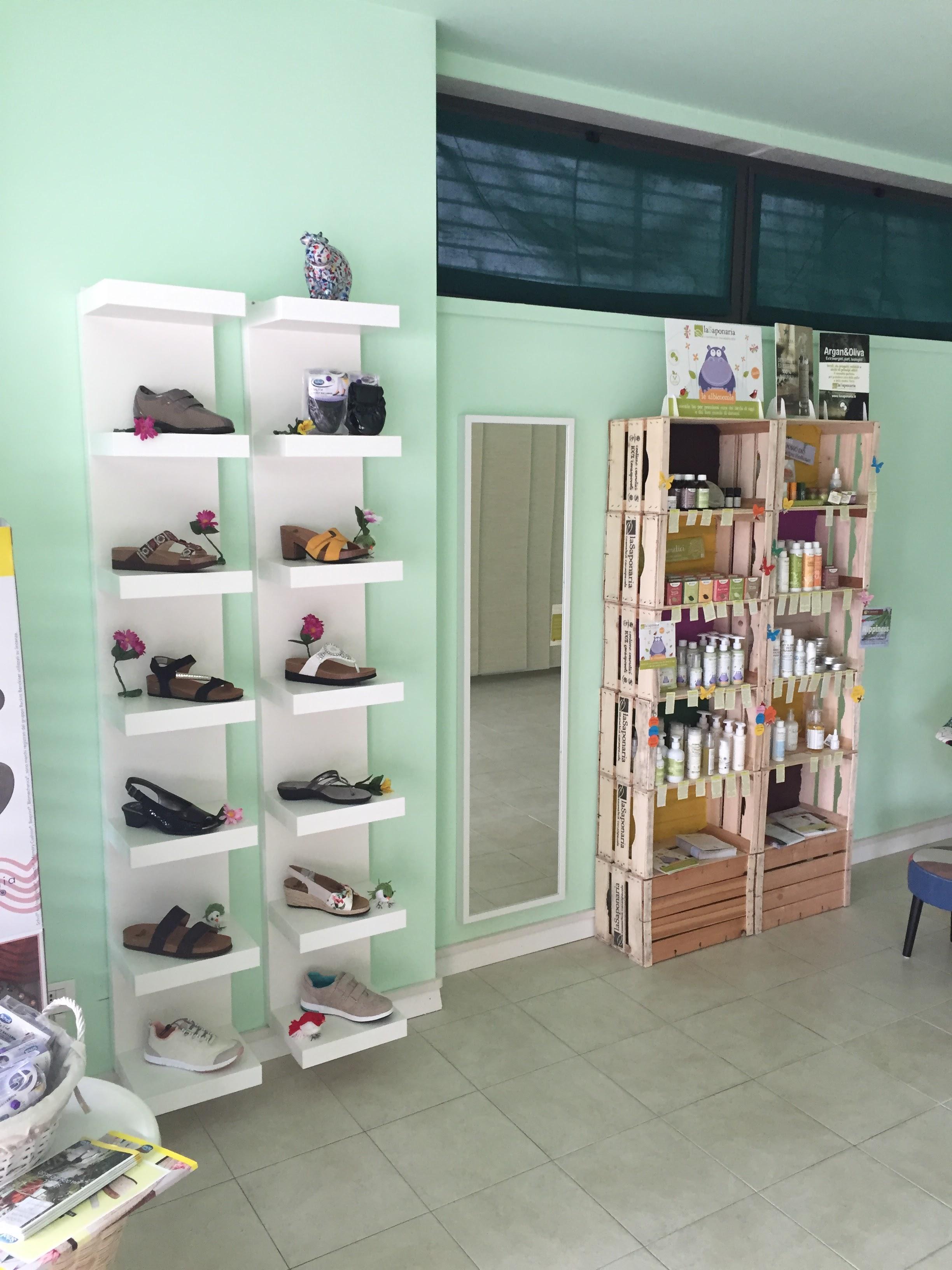 Scarpe e cosmetici