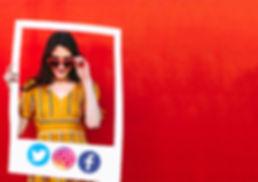 Social sharing photo booth