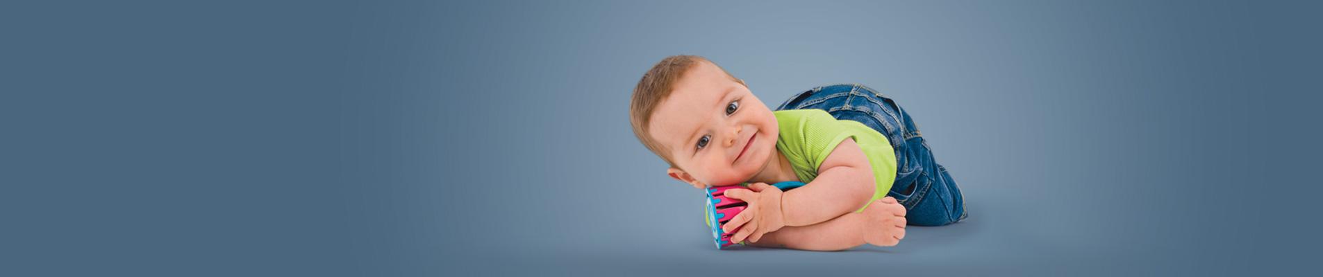 צילום תינוקות וילדים בסטודיו משק 8