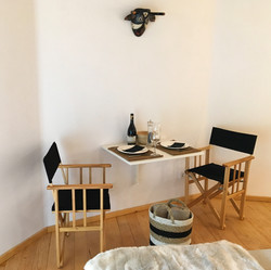 interior table
