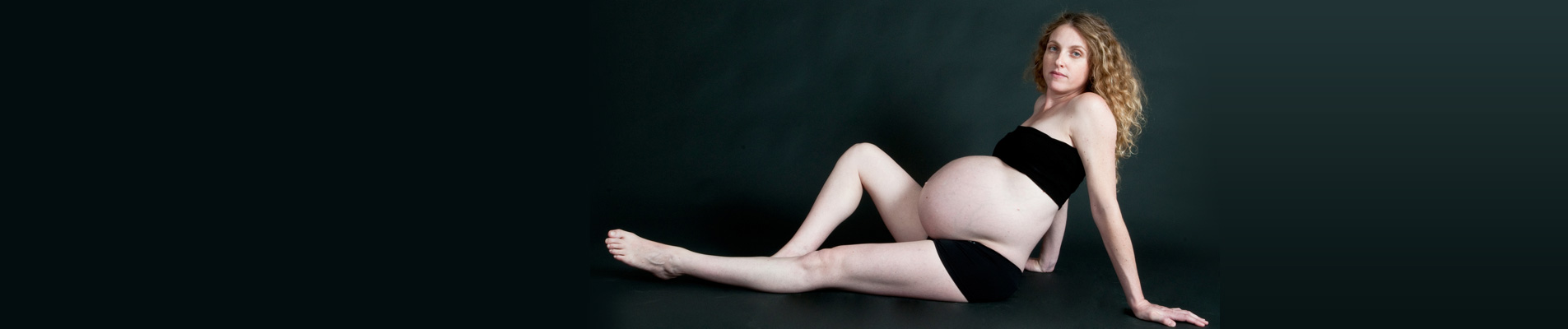 צילום הריון בסטודיו משק 8