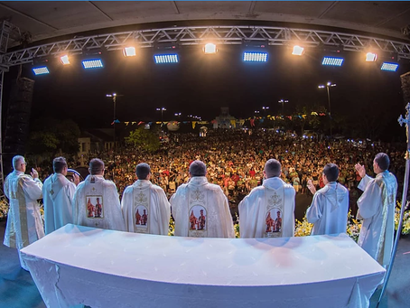 Romaria e missa de encerramento reúne milhares de romeiros na Cidade-Santuário