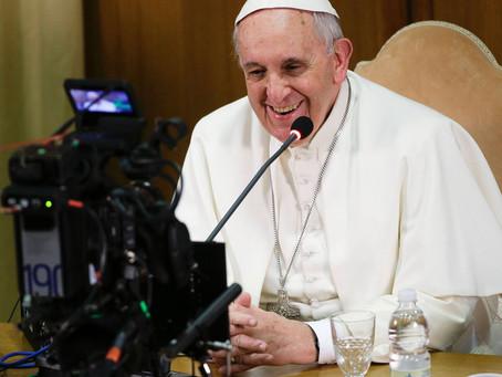 Papa Francisco divulga mensagem para o Dia Mundial das Comunicações Sociais