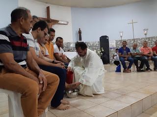 Missa do Lava-Pés marca início do Tríduo Pascal na Diocese de Viana