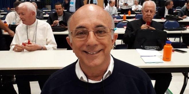Foto: Dom Sebastião Bandeira; presidente do Regional NE V