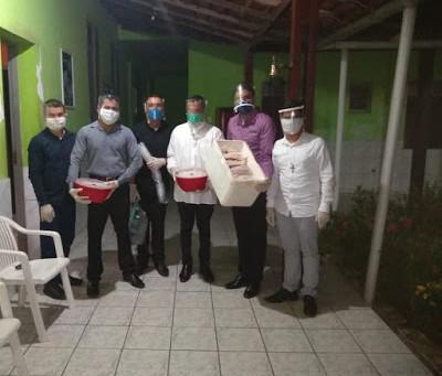 Seminaristas da Diocese de Zé Doca realizam doações