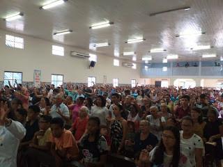 Católicos da Diocese de Viana celebram a Páscoa