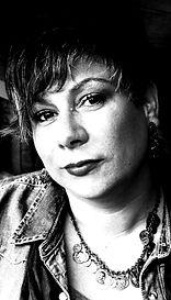 """Annie"" Vocalist & Frontwoman  from Automaic Annie.  Julia ""Opus"" Raven"