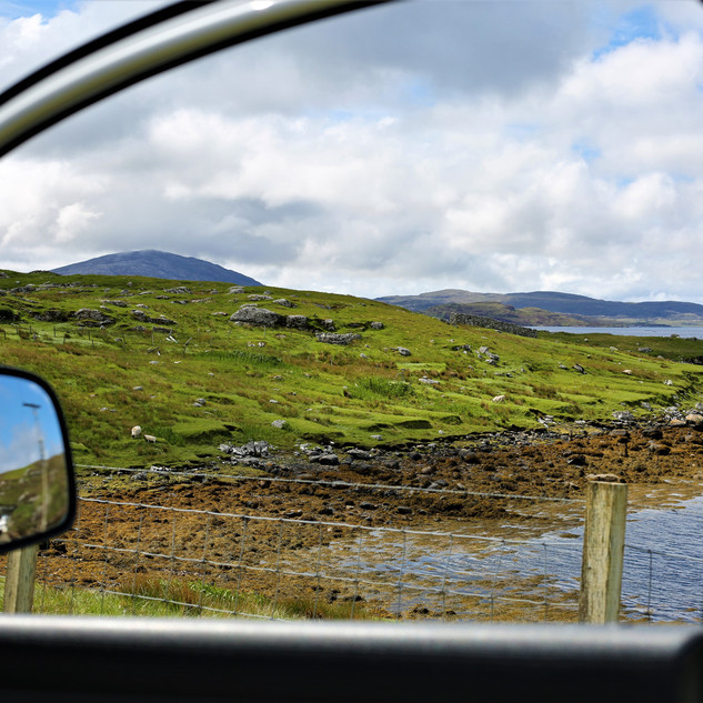 Window_To_The_World,_Isle_of_Harris,_Sco