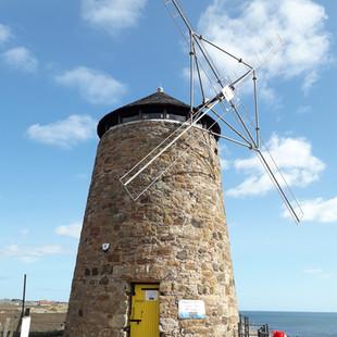 St_Monan's_Windmill,_Fife,_Scotland_©MDH