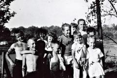 Hammill Cousins Oct. 3 1954.jpg