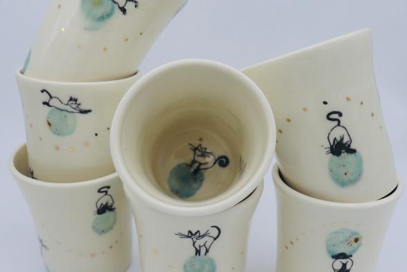 Luna Cat - Green - multiple cups.jpg