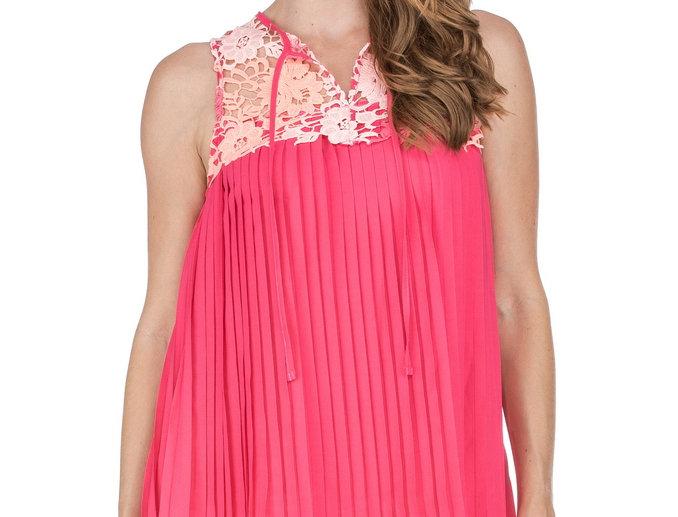 48D3785 • Pink Lace