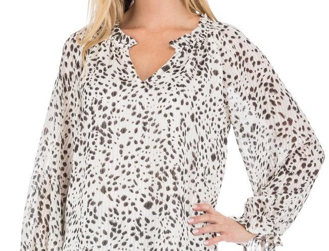 55K3807 • Snow Cheetah