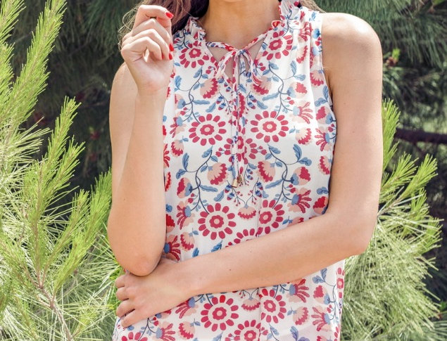 42A9376 • Red Floral