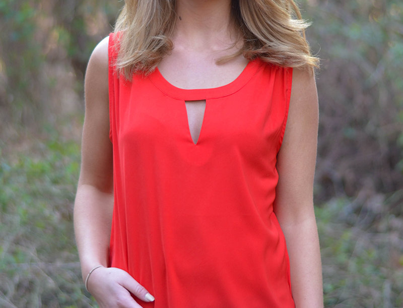 30Q9148 •Red