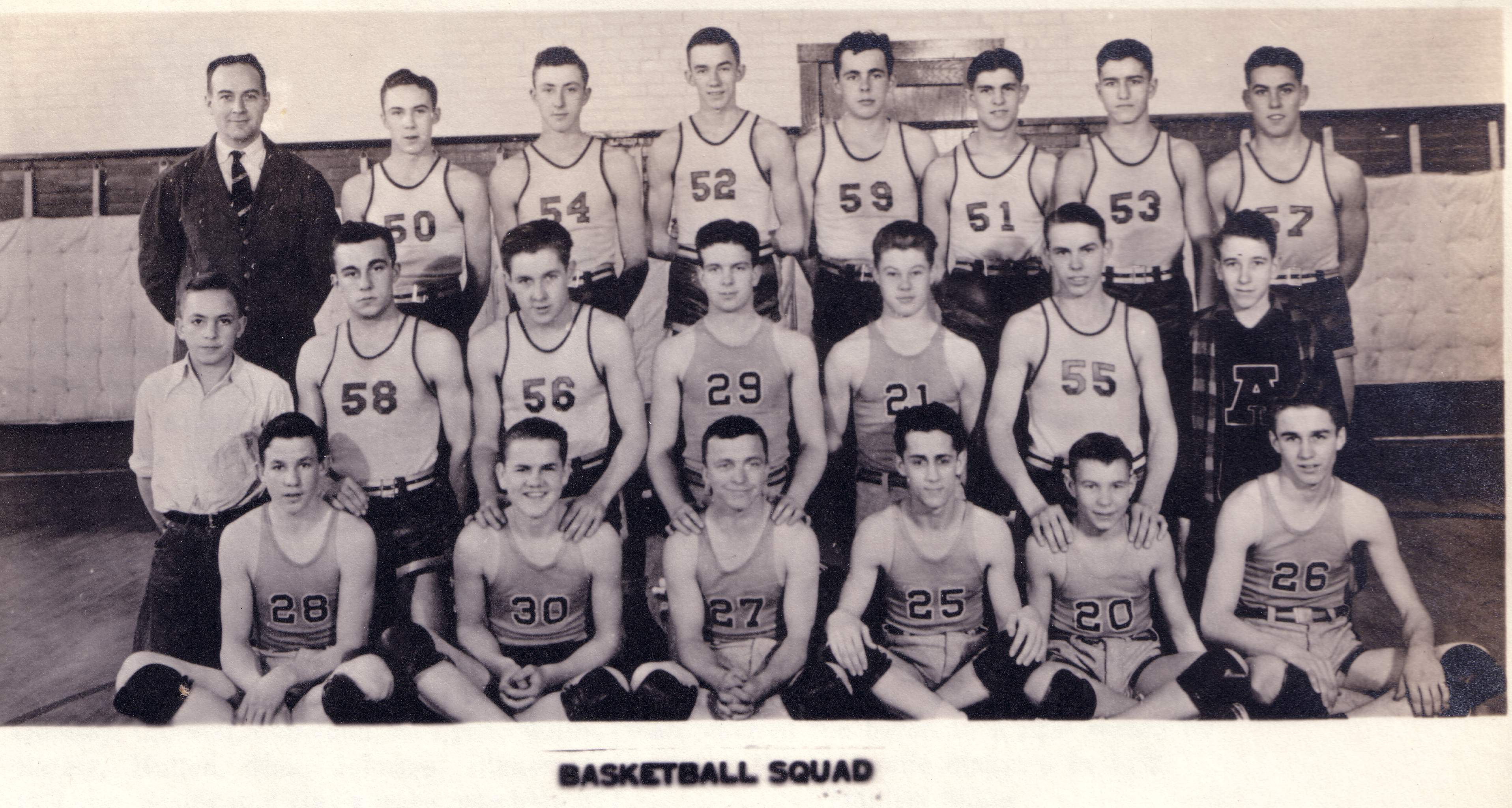 Basketball Team.JPG