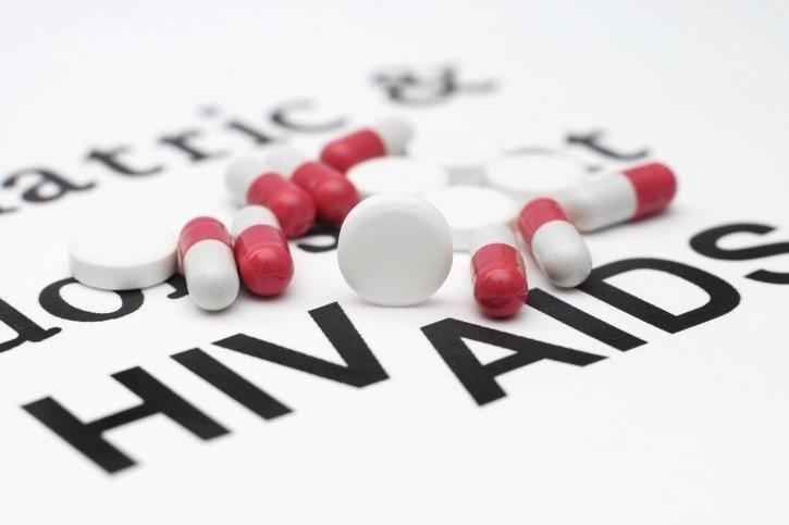 Điều trị HIV bằng thuốc có thể kéo dài tuổi thọ