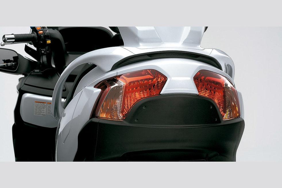 Lanternas-Traseiras-Requintadas-desktop.