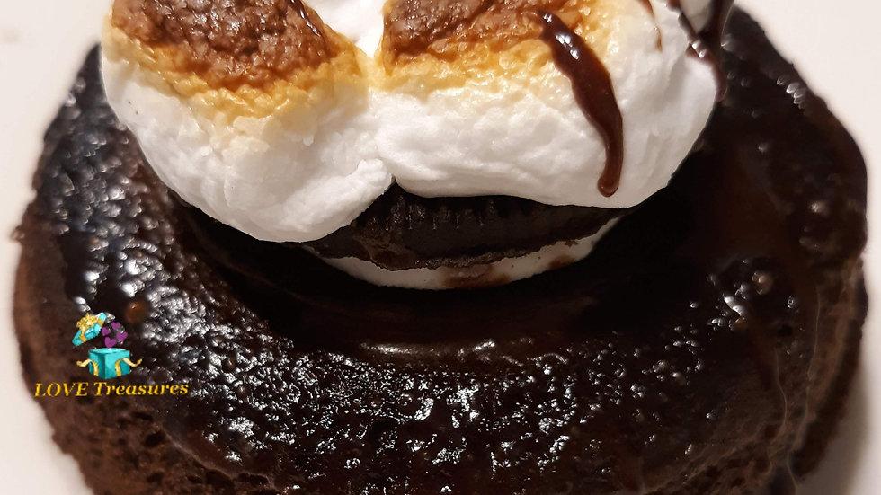 "12 Doughnut Small Cakes (4"" each)"
