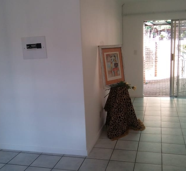 Entrance to Lounge