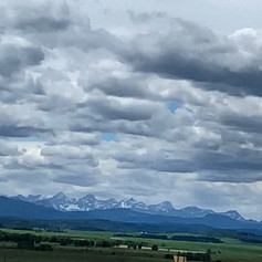 The mountains are coming into view!