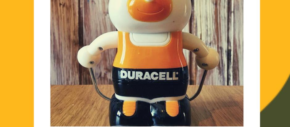 La storia dell'invincibile mascotte della Duracell