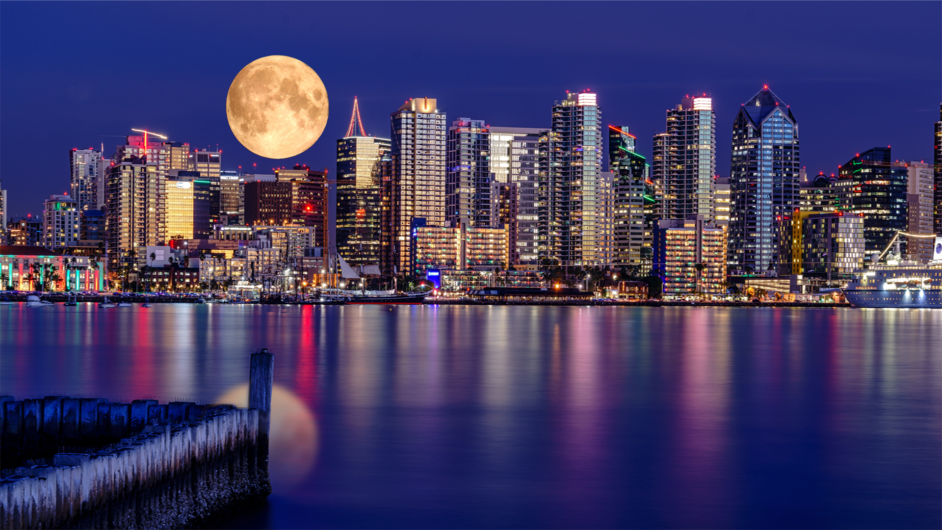 Full Moon over San Diego 1a