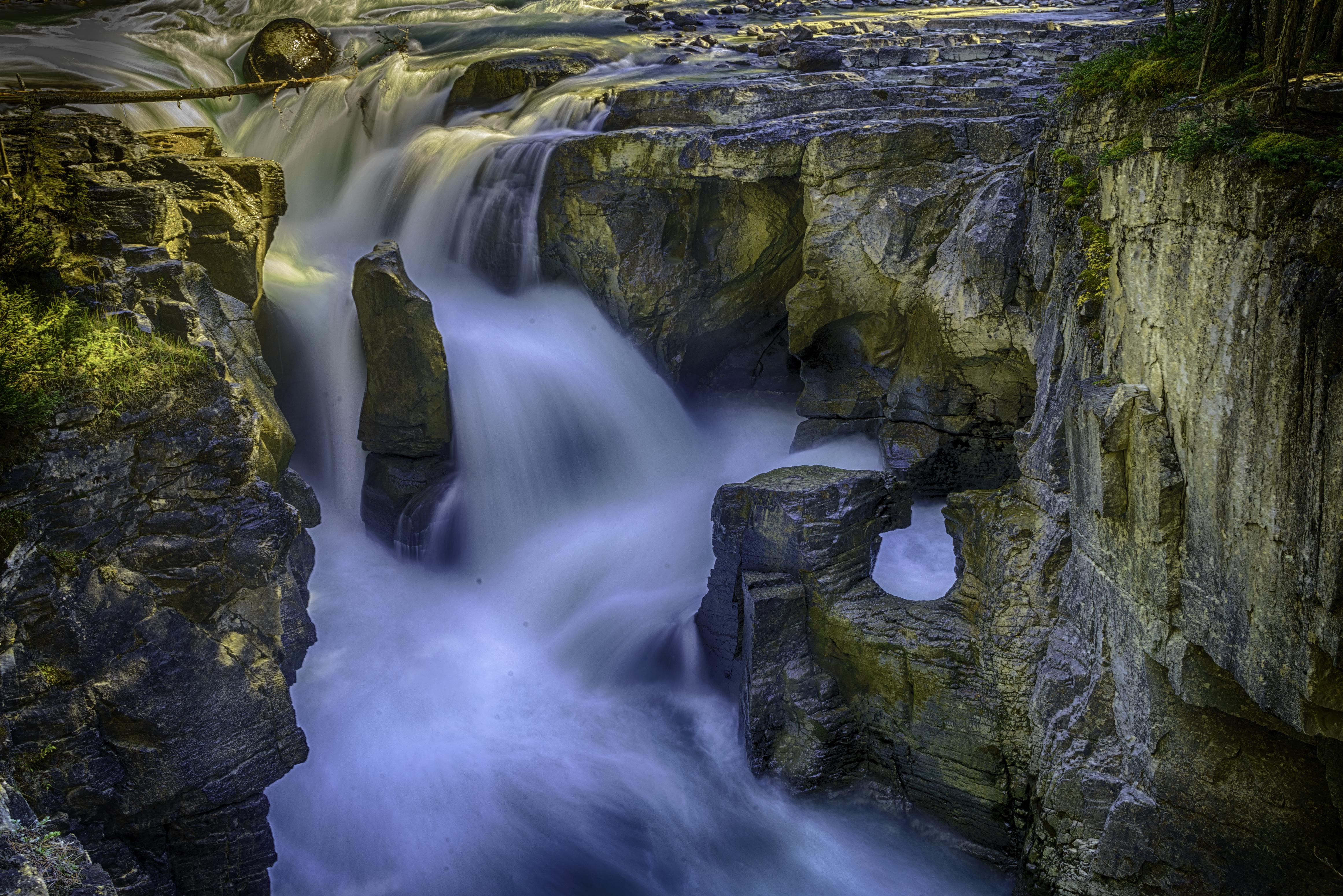 Sunwampta Falls1_HDR