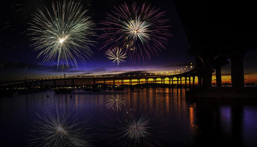 FireworksCoronado1sml