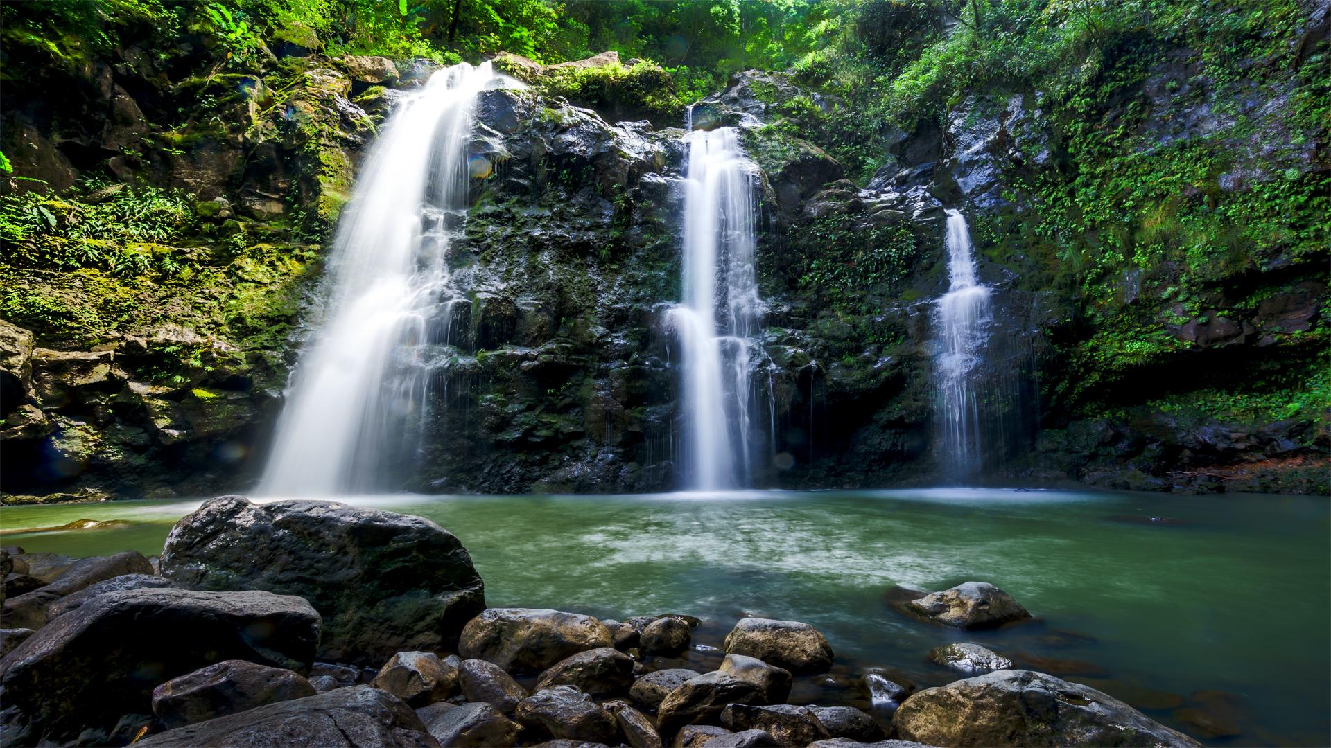 Waikani Falls2