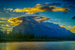 Sunrise Mt. Rundle2_HDR