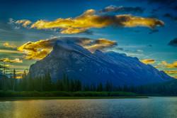 Sunrise Mt. Rundle2_HDR