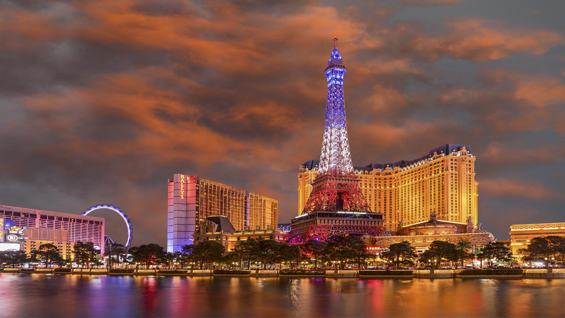 LV Paris Sunset 3