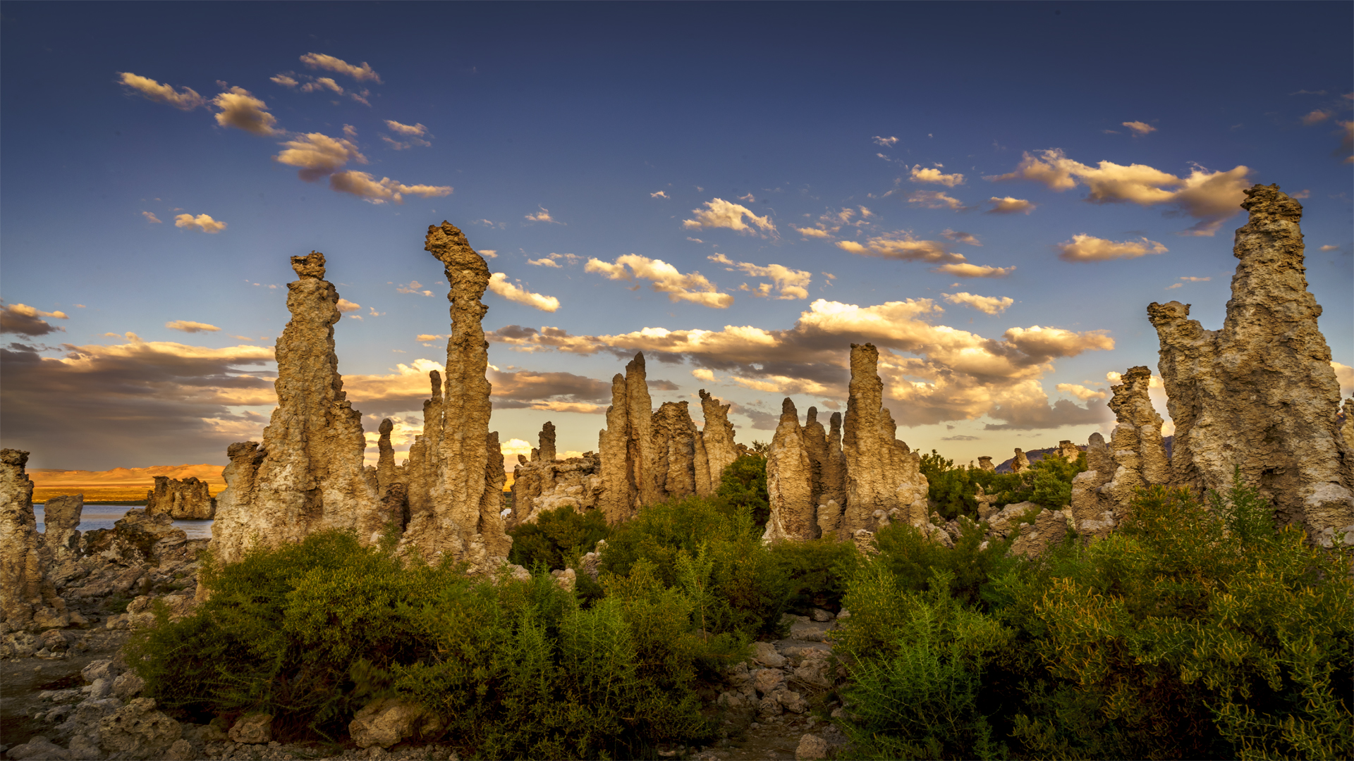 Sunset Mono Lake Tufa1
