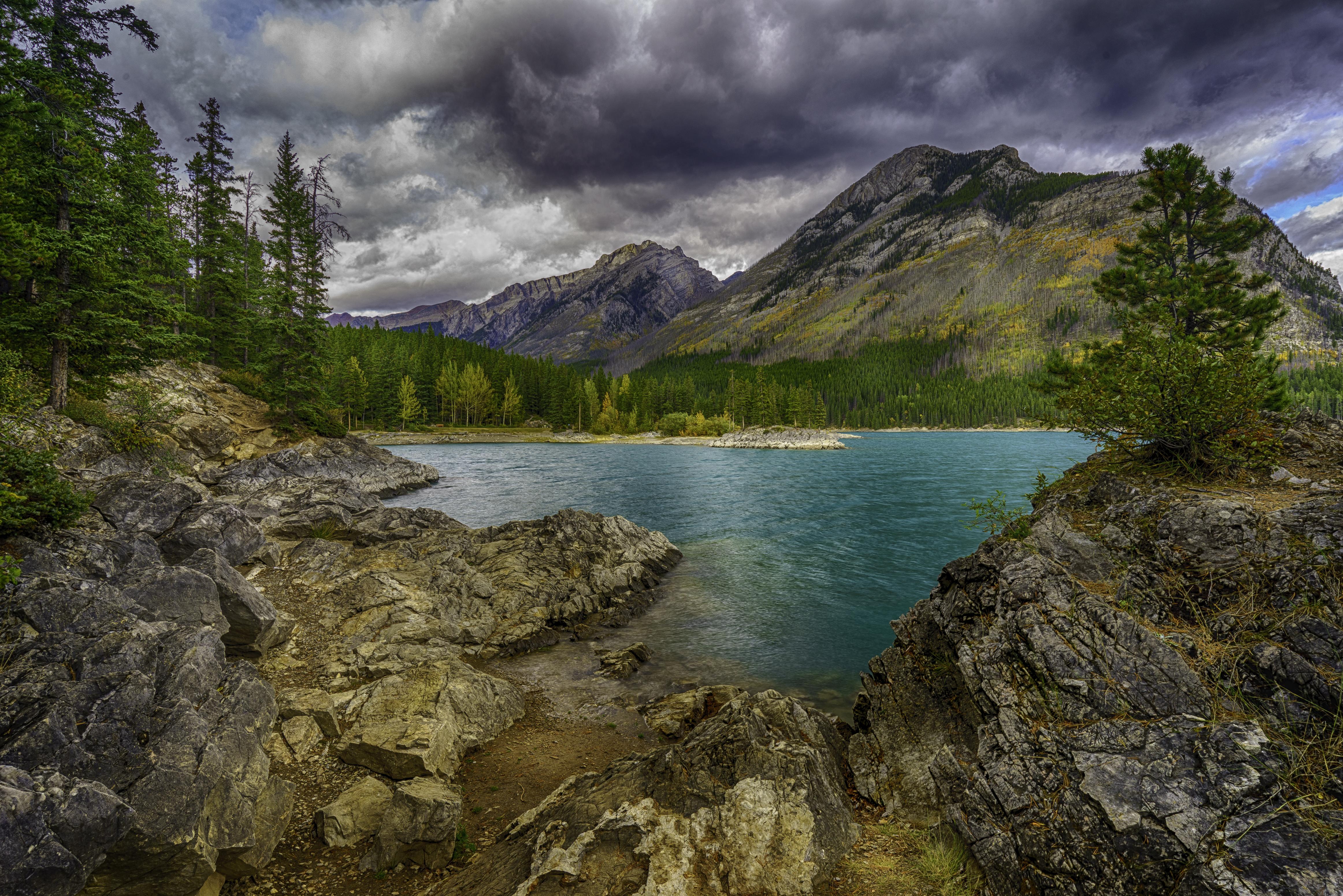 Minnewanka Lake, Canadian Rockies