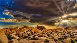 Jumbo Rocks Sorm Rays1