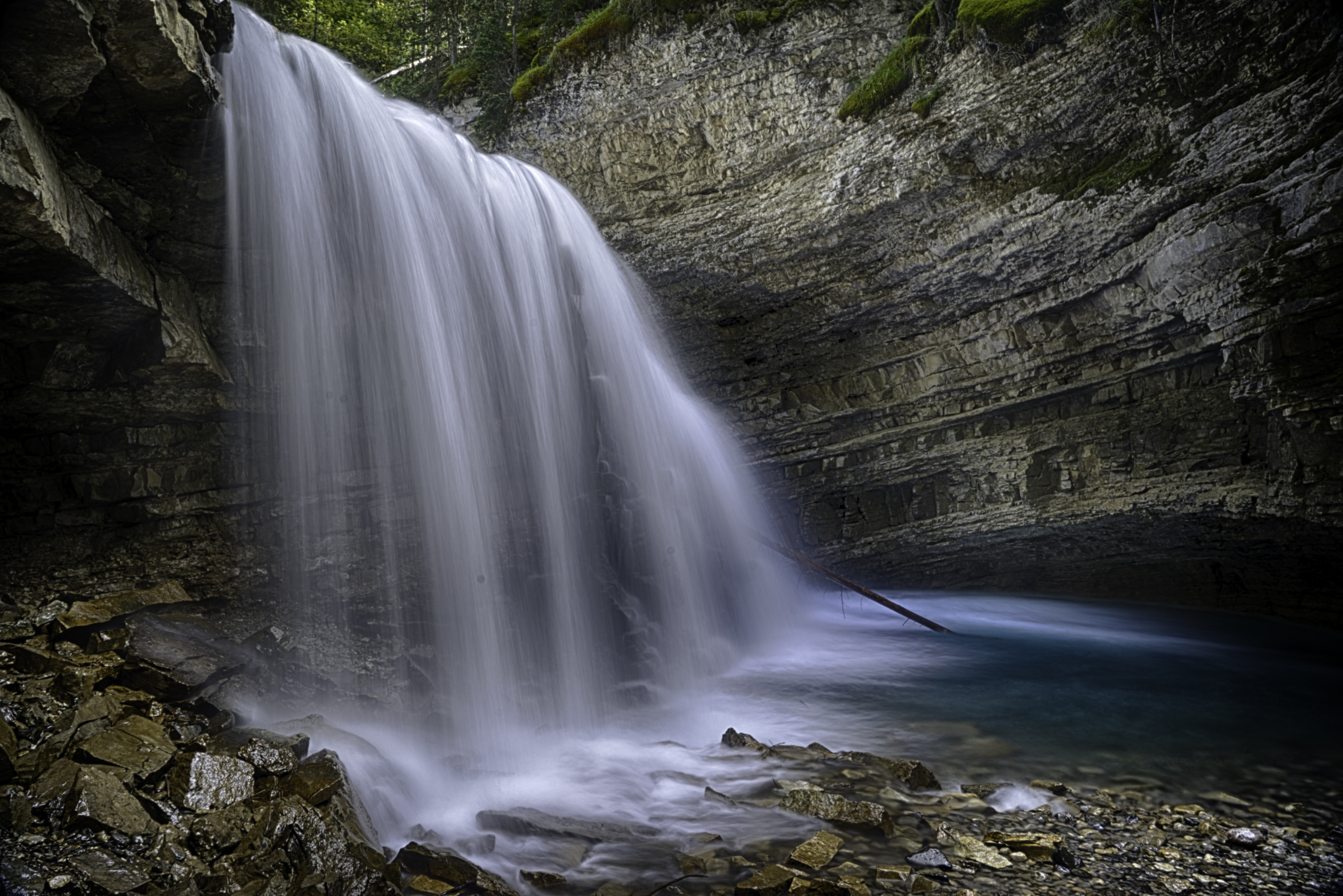 Johnston Canyon Falls8_HDR