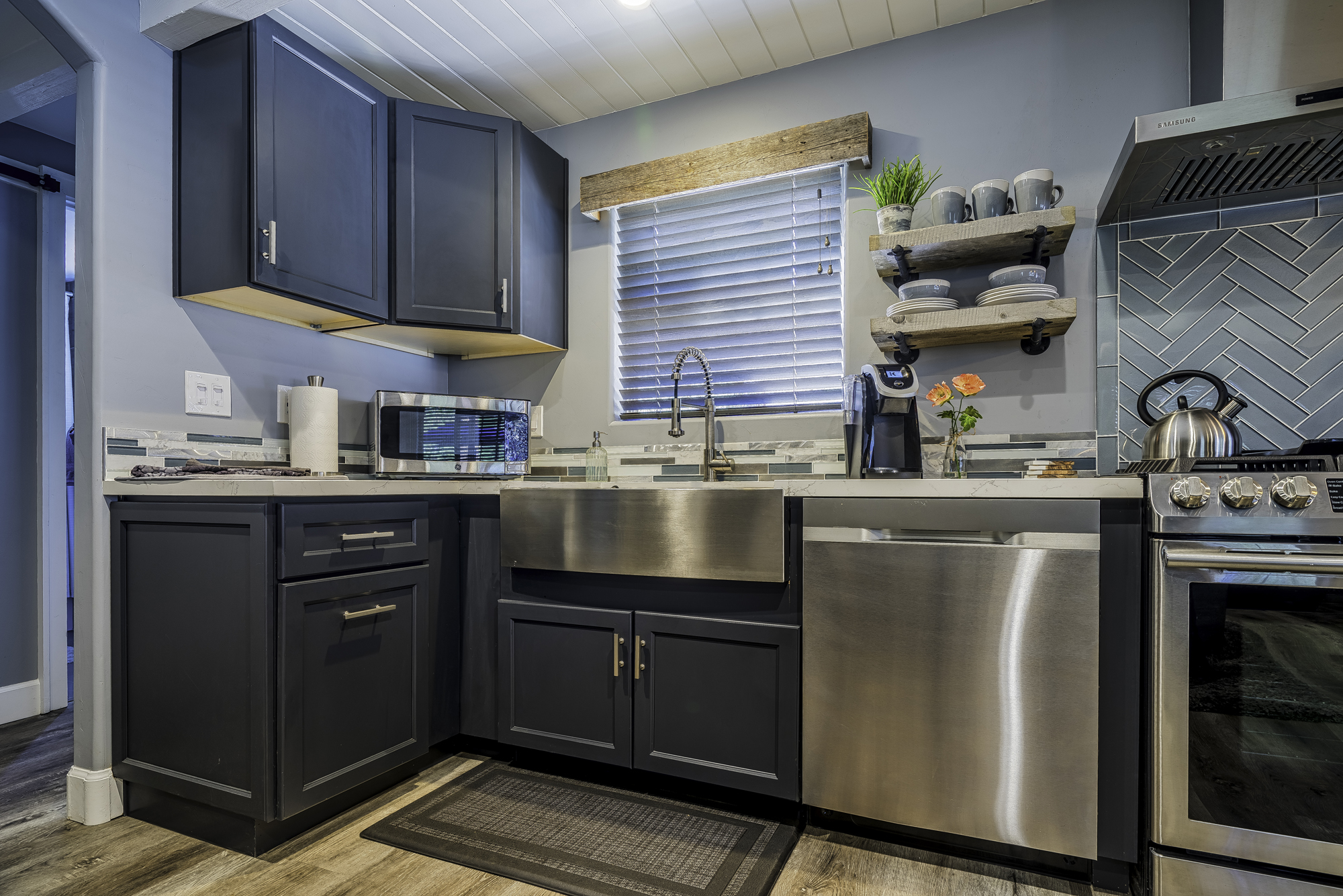 KitchenLivingRm10sml