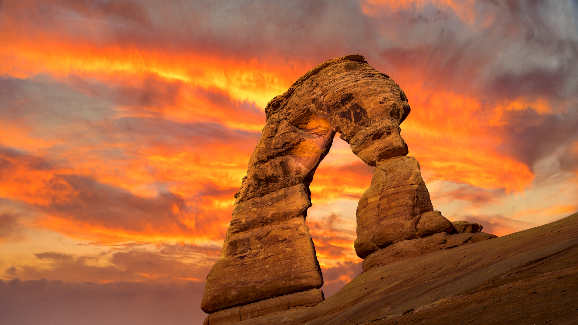Sunset Delicate Arch1