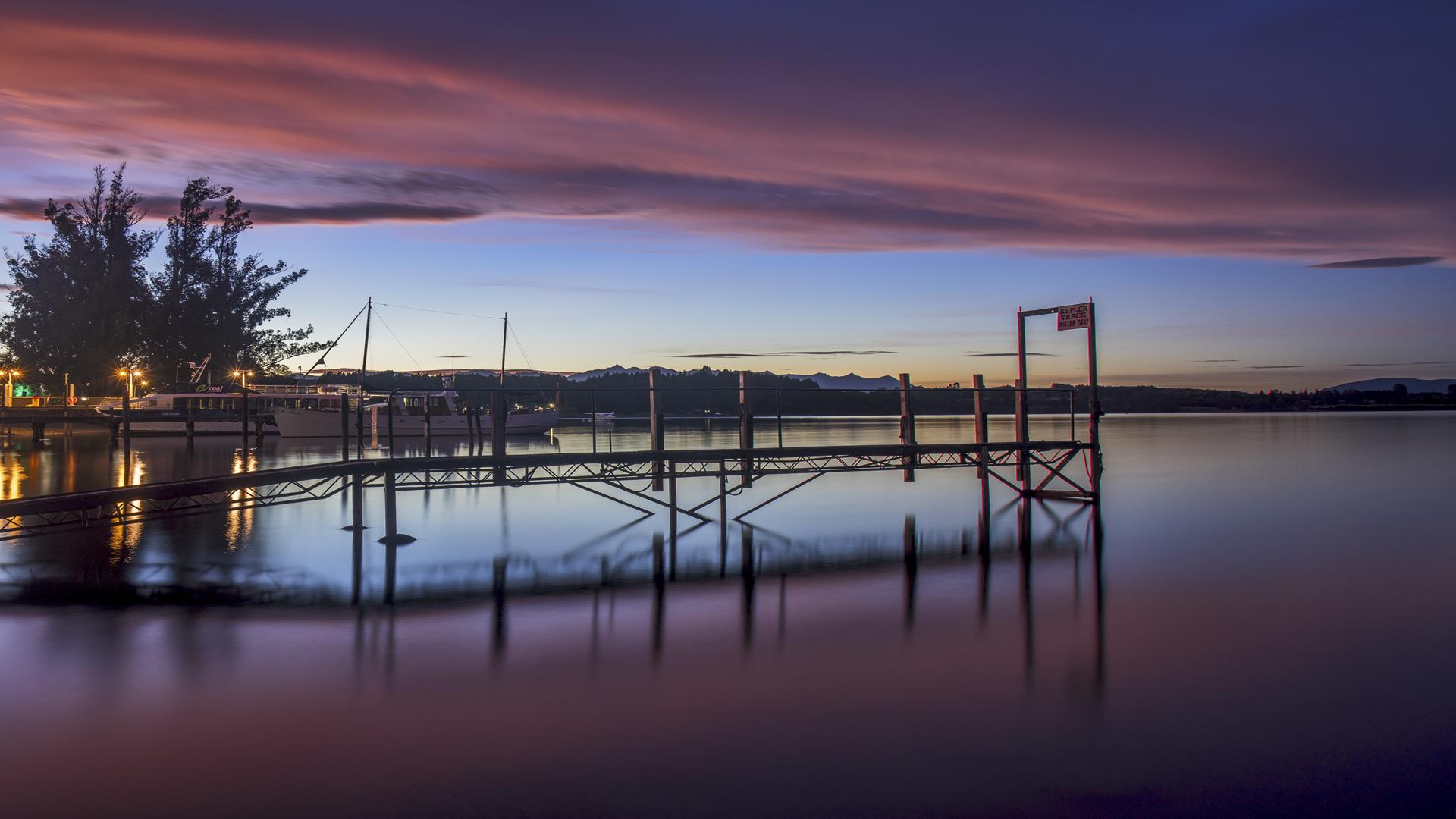Lake TeAnau Sunrise3